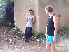 Breaks my ass in the sun, Added: 2016-01-08, Duration: 1:59